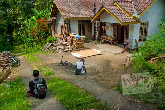 Rumah warga di pelosok Girimulyo, Kulon Progo, Yogyakarta pada zaman dulu April 2014