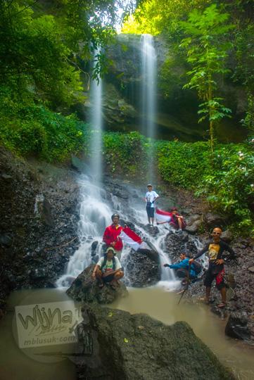 keindahan curug kembar Prambanan di desa wisata Wukirharjo, Sleman yang belum terkenal