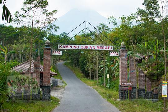 dusun Kalitengah Lor di desa Glagaharjo, Cangkringan yang dikenal juga sebagai kampung Merapi