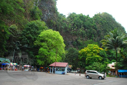 rute angkutan umum menuju Air Terjun Bantimurung, Sulawesi Selatan di tahun 2012