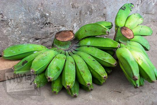 sulawesi selatan  7 pisang khas pasar tradisional malino