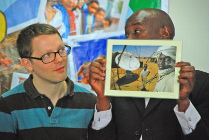 deskripsi pluralisme lewat foto oleh para peserta summer school CRCS pada tahun 2010