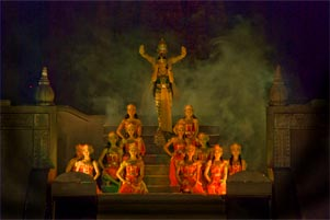 Motret Sendratari Ramayana ala Wijna