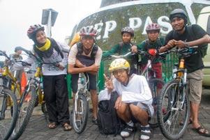 Thumbnail untuk artikel blog berjudul Nyepeda Setinggi 1363m dpl ke Ketep