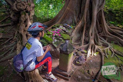 Makam Gunung Kelir Pleret Kyai Panjang Mas Ratu Mas Malang Amangkurat I Ziarah