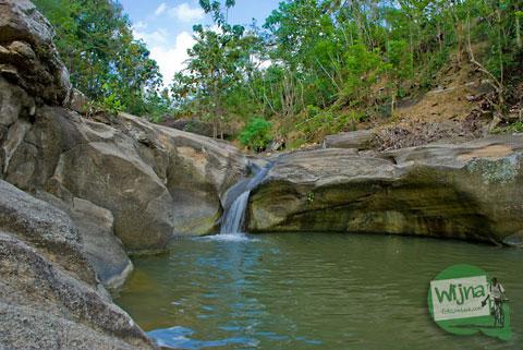 Foto kolam di Luweng Sampang saat masih sepi dan belum terkenal