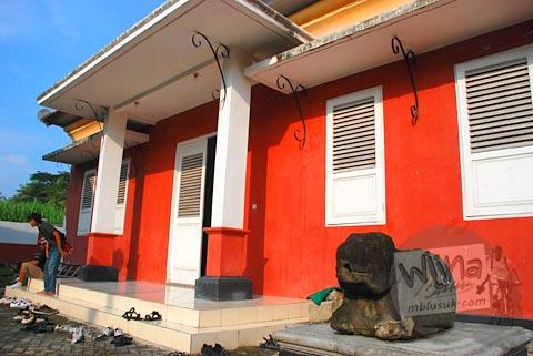 Foto bangunan bekas stasiun kereta api di Pleret, Bantul, Yogyakarta