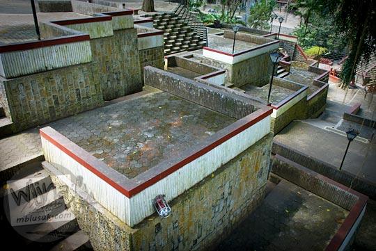 bentuk arsitektur unik di Sendangsono sehingga Romo Mangun dianugerahi Aga Khan Award pada tahun 1991