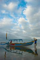 Nelayan di Pantai Pangandaran bulan Desember 2008