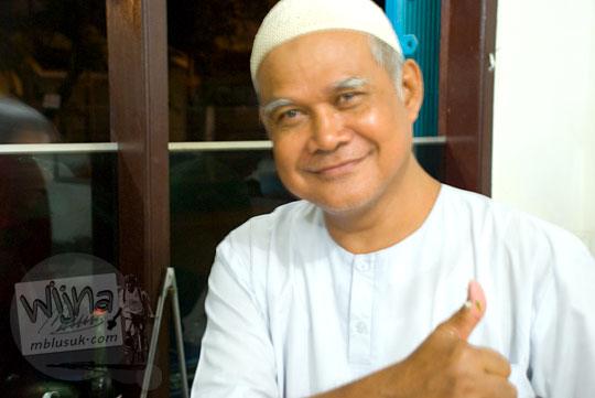 Profil Sejarah Kehidupan Pak Loso berdagang soto ayam terkenal di Purwokerto pada tahun 2008