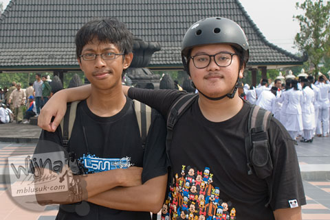 Foto Nutfahadi Bagas Indyatmono, putra ekonom Sigit Pramono mengikuti acara Serangan Sepeda 1 Maret 2009 di kota Yogyakarta