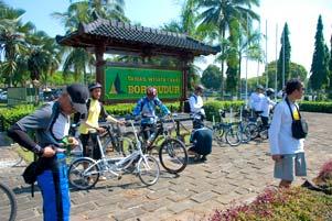 Nggowes Bareng JFB ke Borobudur