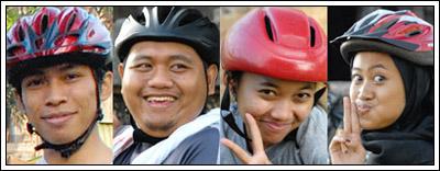 Foto anggota komunitas sepeda Yogyakarta di tahun 2009