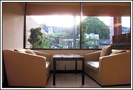 Seven Resto Jl. C Simanjuntak Bangkrut