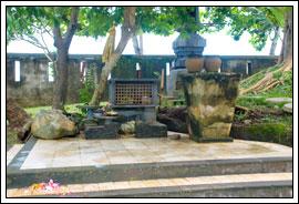 Foto Mata air Parahyangan Somaka Giri di Taman Garuda Wisnu Kencana di Bali pada Februari 2009