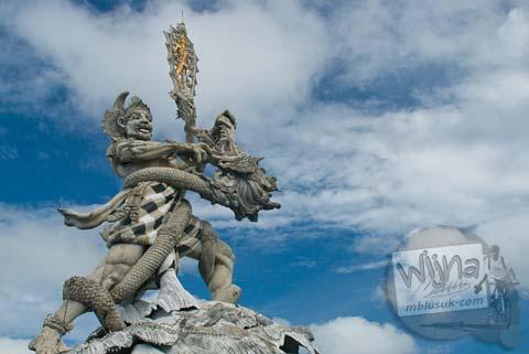 Foto Patung Dewa Ruci di Hari Pertama Keliling Bali pada Februari 2009
