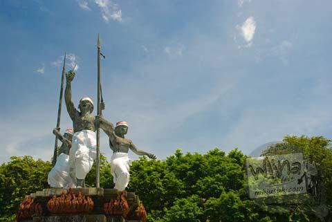 Foto Patung Puputan di Bali pada Februari 2009