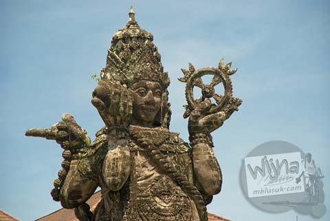 Foto Patung Catur Muka di Bali pada Februari 2009