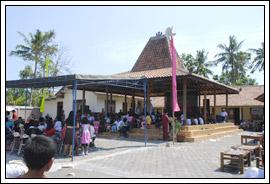 suasana balai desa saat perayaan 17 agustus di desa Kebondalem Kidul, Prambanan, Klaten