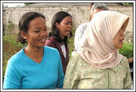 Yu Darti Asisten Rumah Tangga 22 tahun bersama keluarga